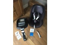 Maxi cosi pearl car seat and family fix base