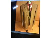 Mans M&S 2 piece light brown wool/ polyester suit med trouser 32 inch