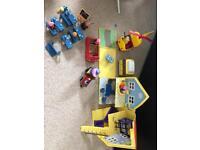 Peppa pig house , school and car bundle