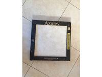 x1 Pack of x5 Porcelain Floor Tiles - 45 cm x 45 cm (approx 1 square metre)