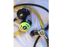 Apeks ATX 40 regulator and octopus + Suunto compass and Pressure gauge