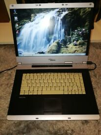 Laptop Fujitsu Simens Amilo Pro V3515