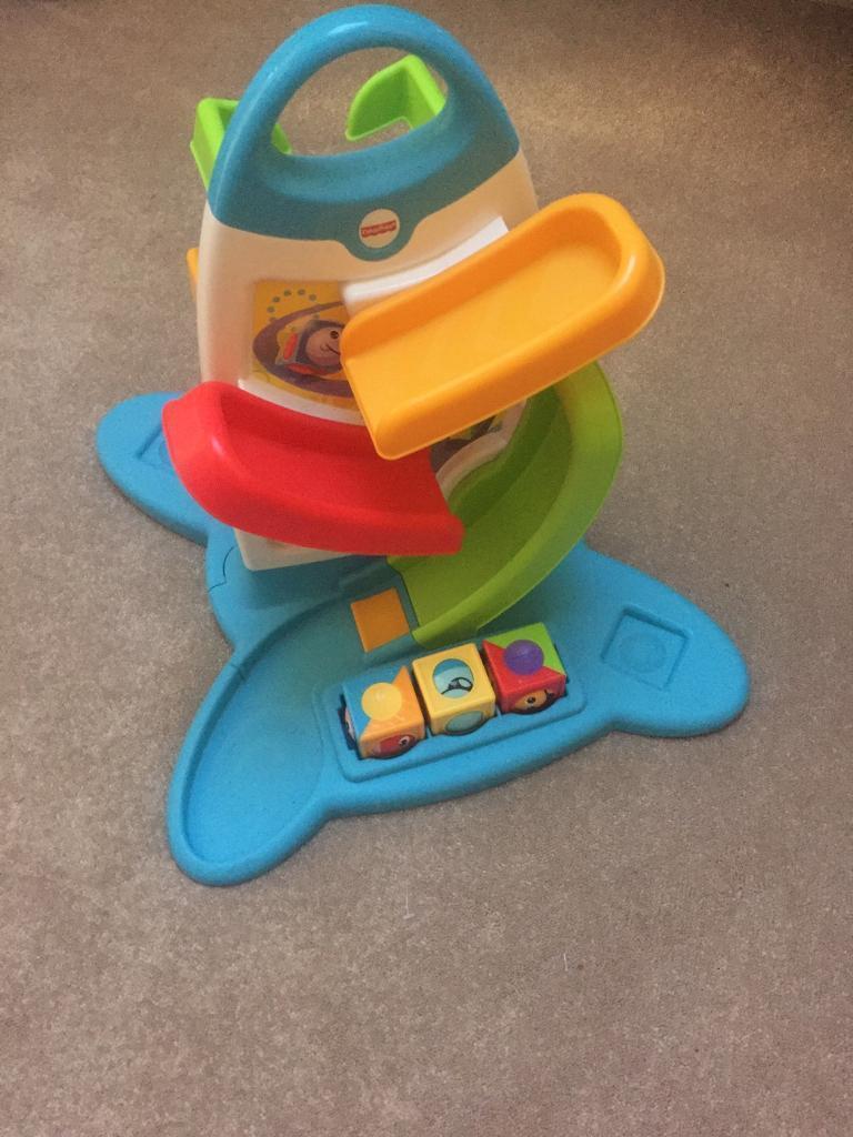 Toy cube dropper