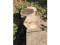 Free hexagonal paving slabs