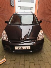 Toyota corolla verso 2.2l, deisel, black, 7 seater for sale.