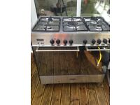 Delonghi LPG Gas top double Range Cooker