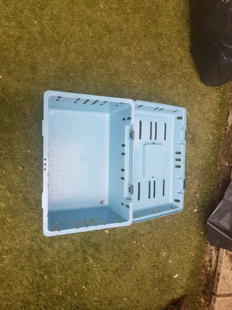 Chicken Rabbit Lge Hut With Ladder And Cleanable Shelf Pet Caddy And Medium Pet Cage In