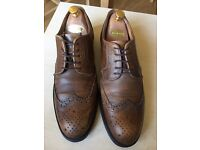Men's brown leather oxford shoes, size 9, very good condition