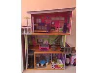 Kidikraft dolls house