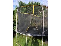 12ft trampoline in very good working condition