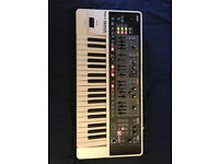 Roland Gaia SH-01 Polyphinic Synthesizer