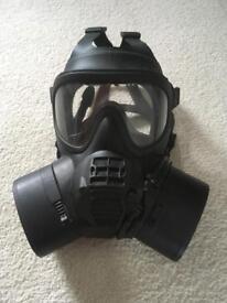 Military grade British Gas mask