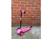 Girls ozbozz pink butterfly scooter