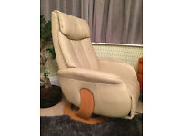 Electric Cream Leather Reclining chair similar to Stressless