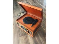 Crosley Vinyl Player (+ AM/FM radio, CD and Cassette)