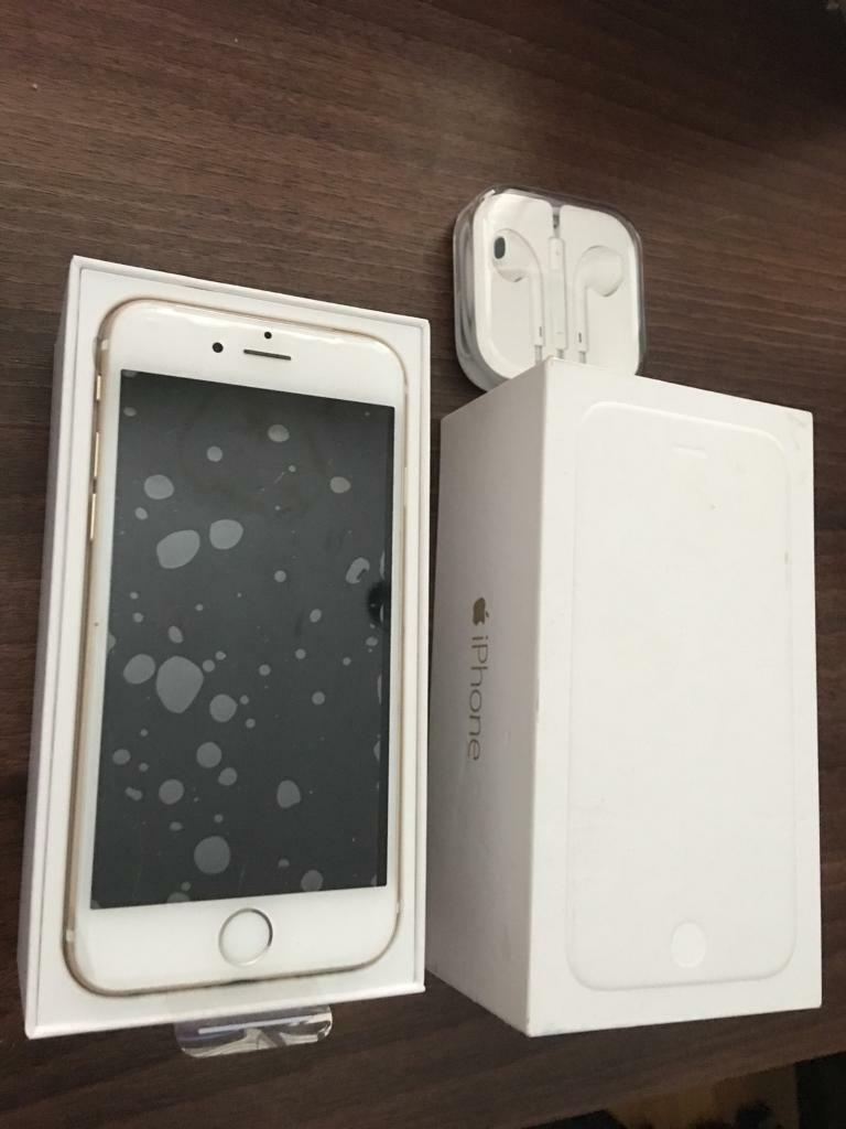 Mint condition UNLOCKED iPhone 6 16GB in Gold