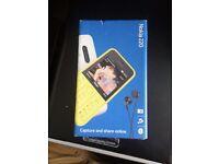 Black - Sim Free Boxed Unlocked Sealed - Nokia 220 Camera Mobile Phone + Headphones * Cheap *