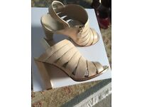 Karen Millen Sandals size 5 FYVIE