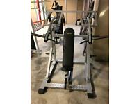 SEATED INCLINE CHEST/SHOULDER PRESS MACHINE