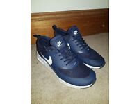 Womens Nike Air Max Thea trainers - Size 5