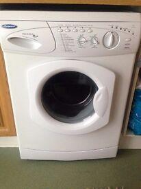 Hotpoint Washing Machine - Aquarius WMA58