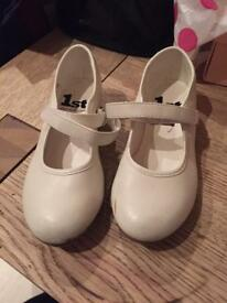 Girls white tap shoes size 12