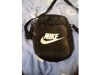 Nike pouch side bag