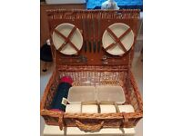 Picnic Hamper Set with 4 sets of crockery complete and unused