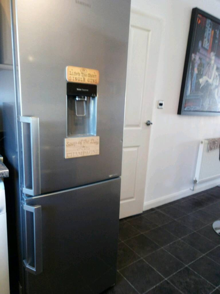 Beko Fridge Freezer with Water Dispenser Grey* COLLECTION ONLY*