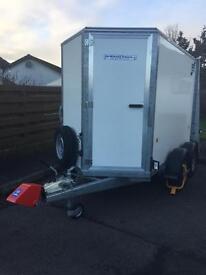 Ifor Williams braked BV 85 box trailer roller door