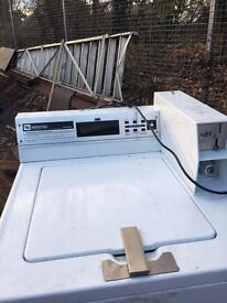 MAYTAG SPEED QUEEN COMMERCIAL WASHING MACHINE