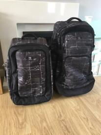 Quiksilver luggage set