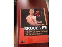 BRUCE LEE (BOOKS) NEW.