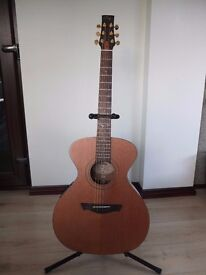 Vintage VE2000GG Gordon Giltrap Signature Guitar.