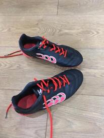 Canterbury rugby boots size 4