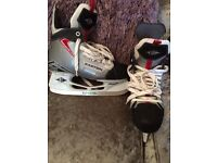 Easton ice hockey skates size 5