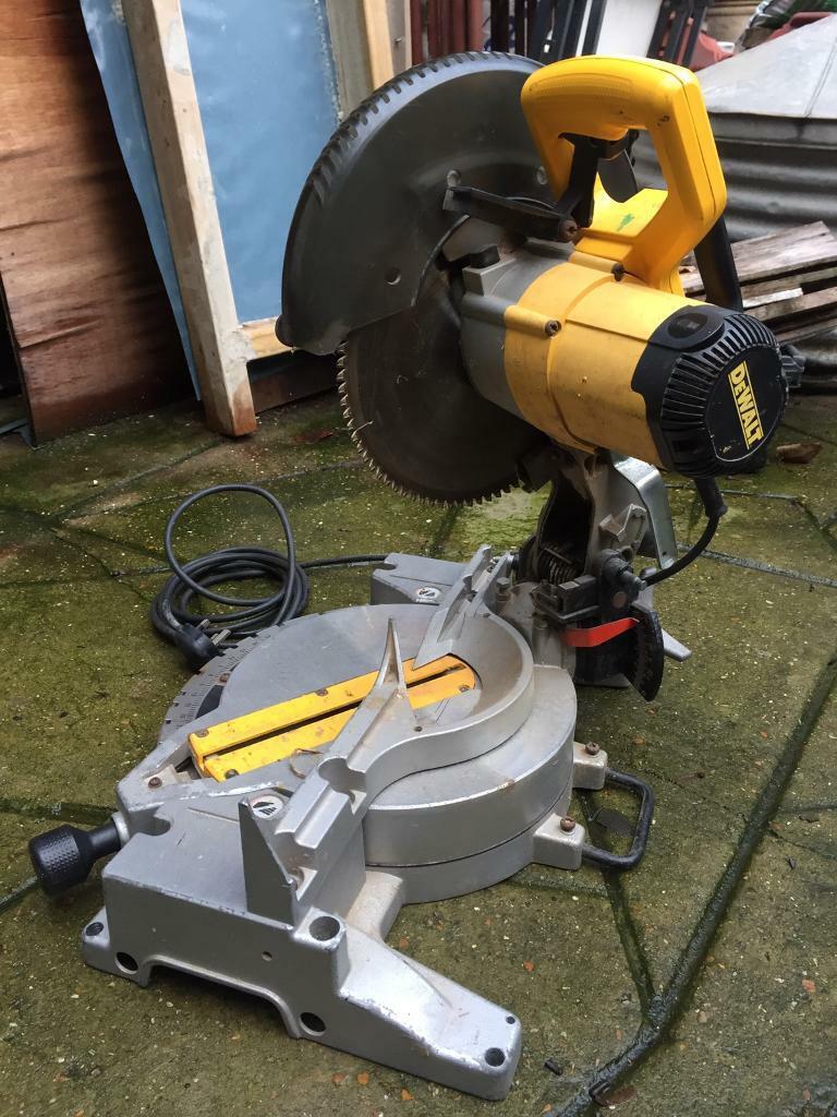 DeWalt Dw703 chop saw spare or repair | in Southwark, London | Gumtree