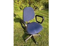 Office swivel chair, rubber arms, recliner or upright, soft seating, blue fabric seat & back.