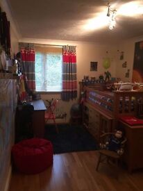 Large two bed room flat for rent in the Northolt area.