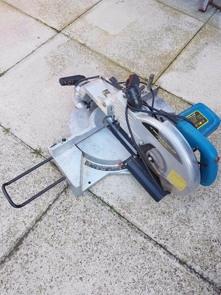 Heavy duty power saw