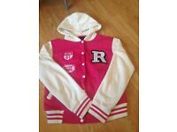 Size large / xl buttoned hoodie