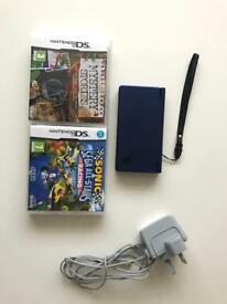 Nintendo DS Lite with charger & games- great condition