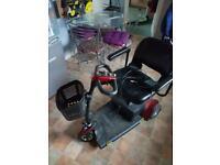 3 wheel Gogo pride mobility scooter