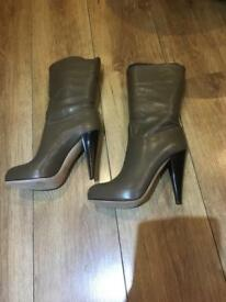 Bally shoes size 39