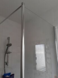 1 piece showrr screen