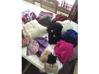 2 Boxes Of Hats, Scarves, Pashminas & Wraps (20 Pieces) - See All Photos