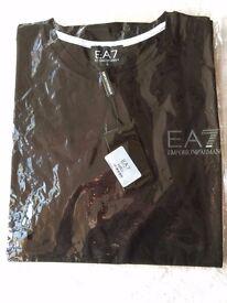 Armani T-Shirt - Black - Large