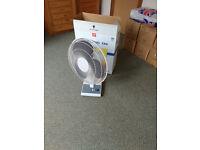 16inch 3 Speed Oscillating Desk Fan+Fitted Plug - still in original box
