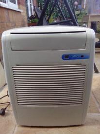 B&Q portable airconditioner, dehumidifier and fan 3in 1- used 1 season