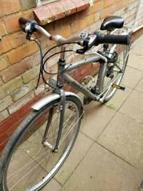 Raleigh Pioneer 21 Bicycle in very good condition